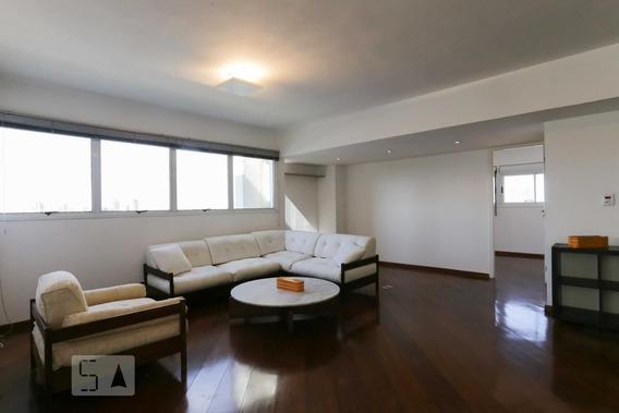Apartamento No 8º Andar Mobiliado Com 2 Dormitórios E 2 Garagens - Id: 892947104 - 247104