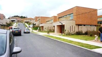 Casa Moderna Alto De Las Palmas 1720 Millones