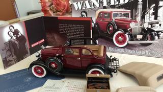 Miniatura Ford V8 1932 Bonnie & Clayde Frankilin Mint