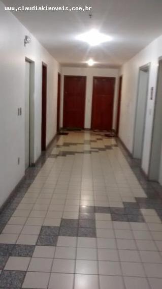 Apartamento Para Venda Em Volta Redonda, Bela Vista, 3 Dormitórios, 1 Suíte, 2 Banheiros, 2 Vagas - 896434
