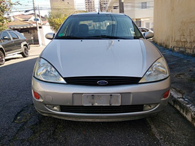 Ford Focus Sedan 2.0 Ghia Aut. 4p 2003