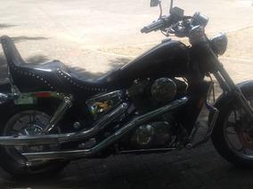 Moto Honda Shadow 1100