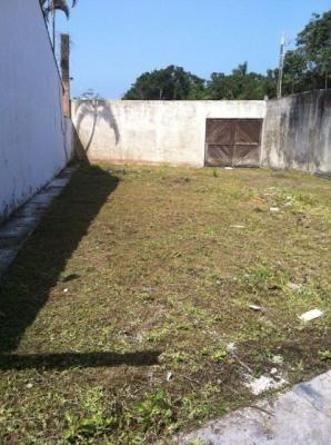 Terreno Murado Com 600 Metros Do Mar - Itanhaém 4794   Sanm