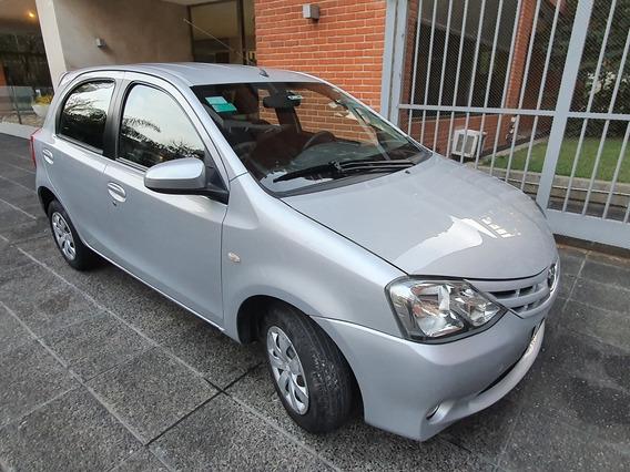 Toyota Etios 1.5 Xs 2015