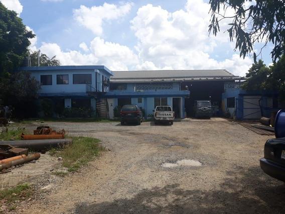 Local De Oficinas Con Nave En Venta Manoguayabo