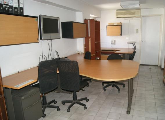 Oficina En Alquiler Calle Villaflor Sabana Grande El Recreo