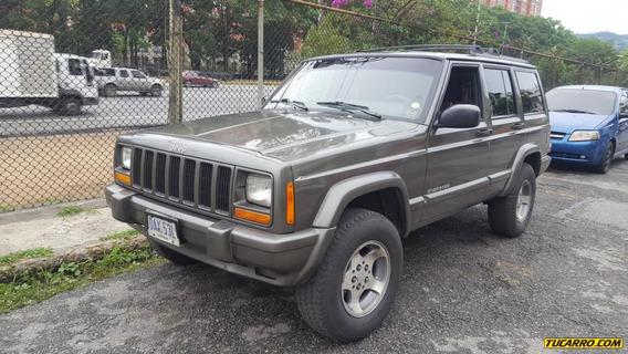 Jeep Cherokee Classic Automatica 4x2