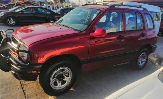 Chevrolet Tracker, Motor 2.0, Año 2000, Color Rojo
