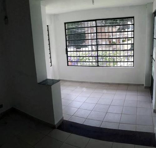 Imagem 1 de 7 de Casa Comercial Para Venda, 280.0m² - 2285