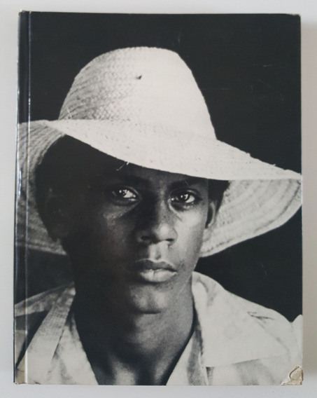Caras Brasil - Álbum De Retratos. Sharp