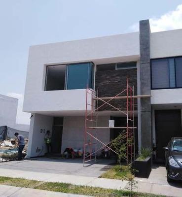 Hermosa Residencia En Venta En Punto Sur Guadalajara
