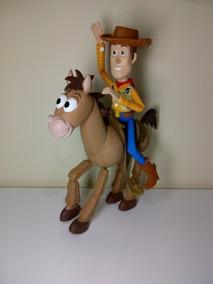 Toy Story Woody E Bala No Alvo