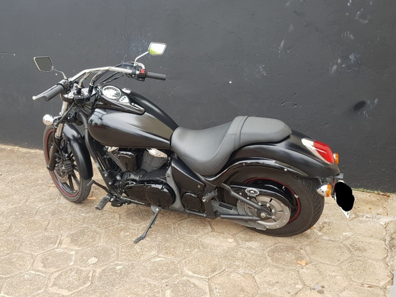Kawasaki Vulcan 900 Custom - Black Edition