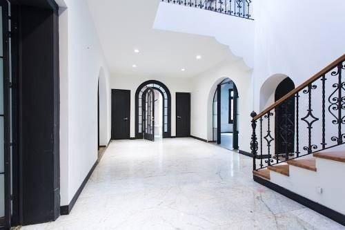 Vendo Casa En Condesa Con Uso De Suelo De Oficinas 563m