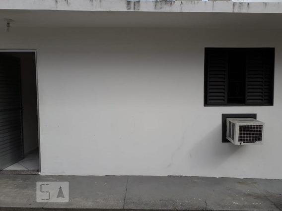 Casa Para Aluguel - Rio Tavares, 2 Quartos, 48 - 893055774