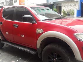 Camioneta Mitsubishi 4x4 2012