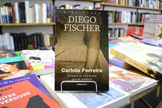 Carlota Ferreira Retrato De La Mujer Que Se Inventó D Fisher