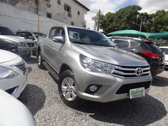 Toyota - Hilux 2.7 Srv Cd 4x4 At 2017