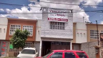 Casa De Tres Recamaras En Héroes Tecamac, Frente Al Parque