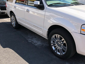 Lincoln Navigator 5.4 Limited V8 At 2013