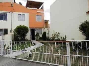 Casa Hermosa 5 Habitaciones 3 Baños Norte De Quito Calderon