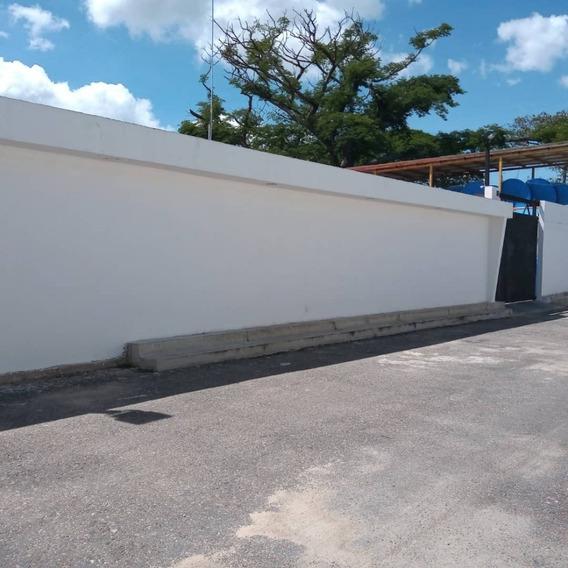 Galpon En Venta Negociable En Av Aragua 04243050970