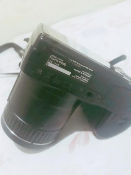 Camera Fotográfica Fine Pix S4800