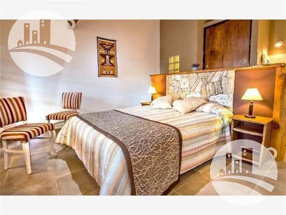 Apart Hotel 3* 17 Suites Mas 3 Bungalows
