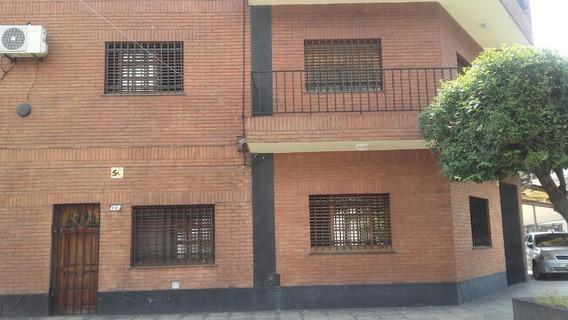 Casa 7 Amb. En 2 Plantas Ideal Familia Numerosa O 2 Familias