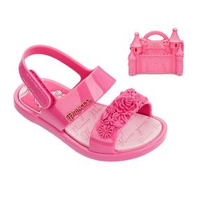 8aca12f1b9 Sandália Princesas Castelo Grendene Infantil Rosa - 21863