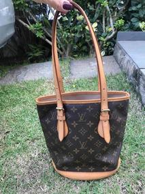 af851722d Bolsa Louis Vuitton Petit Bucket - Calçados, Roupas e Bolsas no ...