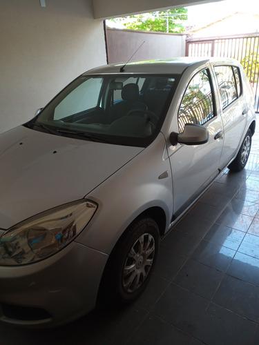 Imagem 1 de 9 de Renault Sandero 2012 1.0 16v Expression Hi-flex 5p
