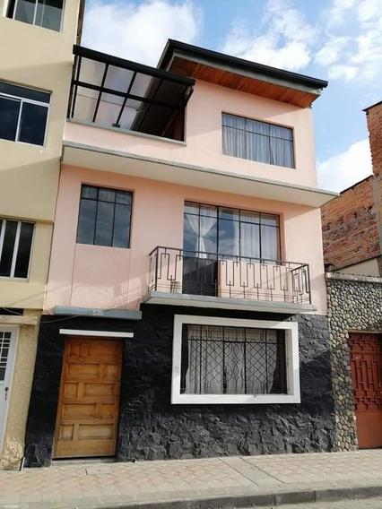 Vendo 2 Hermosas Casas En El Ciudad De Cuenca