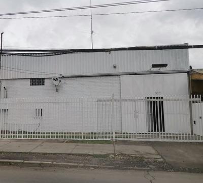 Local Comercial En Venta, Los Nogales-santiago