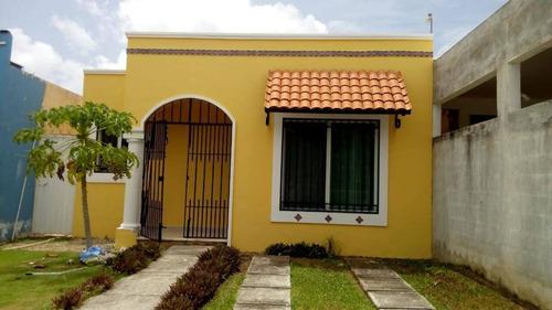 Imagen 1 de 9 de En Renta Casa En Cancún Fraccionamiento Gran Santa Fe Ii C3002