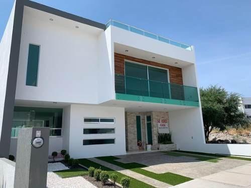 Hermosa Residencia En Zibatá, 4 Recamaras Con Baño Y Vestidor C.u, Roof Garden..