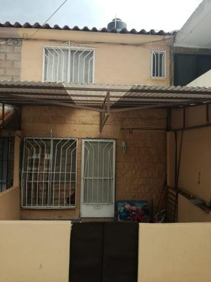 Se Vende Casa En Lomas De Ahuatlan