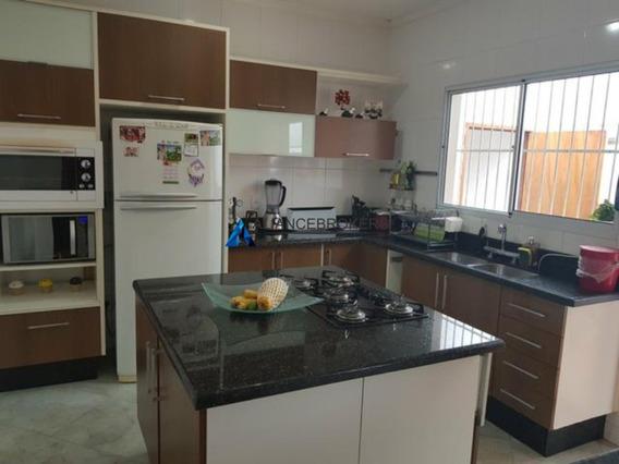 Oportunidade Casa Térrea À Venda Na Vila Rami Com 3 Dormitórios Sendo 1 Suíte. - Ca01053 - 33359088