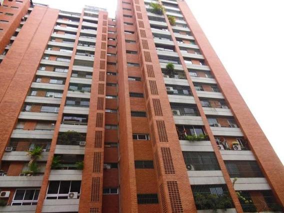 Apartamentos Prados Del Este Mls #19-3257