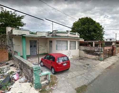 Casa Amplia En Venta Para Remodelar En El Centro, Mérida