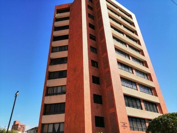 Venta Hermoso Apartamento En El Mlagro Mls 21-174