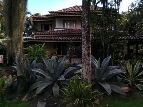 Casa Com 4 Dormitórios À Venda, 420 M² Por R$ 1.500.000,00 - Itaipu - Niterói/rj - Ca0499