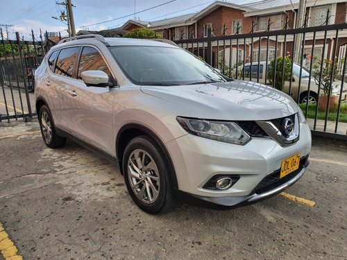 Nissan Xtrail Exclusive 4x4 Full Equipo