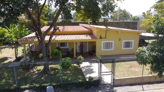 Casa En Cumana Sec Las Charas, Colegio Nuestra Señora De Va