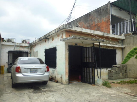 Casa En Venta Zona Oeste Barquisimeto Lara 20-13996