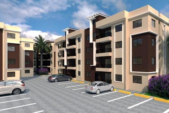 Apartamento En El Residencial Amalia