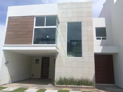 Casa En Venta Lomas De Angelopolis Parque Baja California