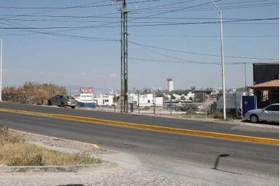Terreno En Renta En Excelente Ubicación Camino A Puerta Real En Corregidora