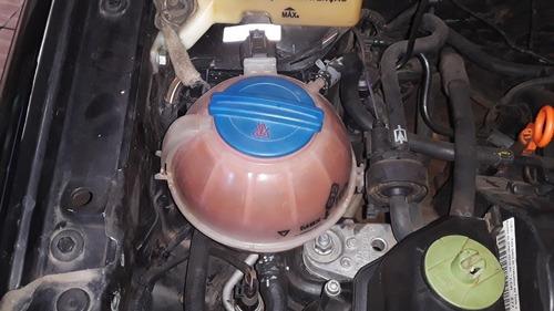 Imagem 1 de 1 de Volkswagen Polo Sedan 2011 1.6 Vht Total Flex 4p
