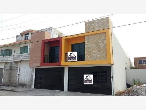 Casa Sola En Venta Graciano Sanchez